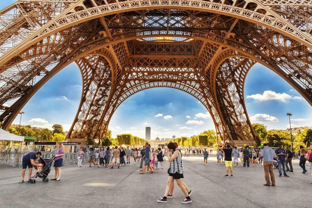 Paris - Disneyland Turu Pegasus HY ile 4 Gece / 5 Gün