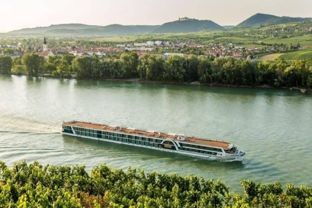 5* Deluxe Amadeus Star Nehir Gemisi ile Romantik Tuna Nehri Turu 5 Gece 6 Gün