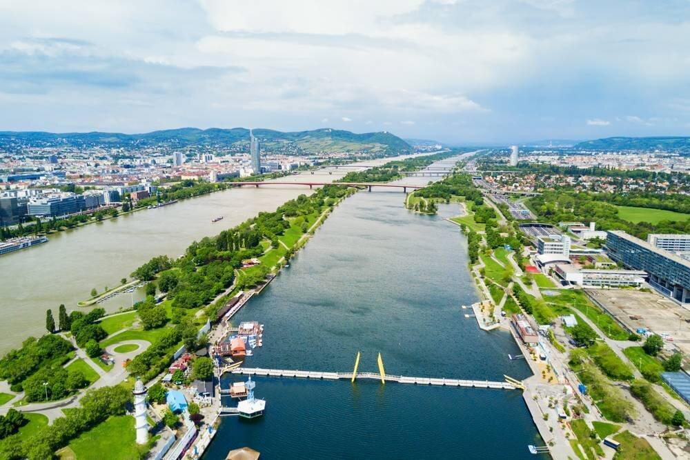 5* Deluxe Amadeus Star Nehir Gemisi ile Romantik Tuna Nehri & Prag Turu