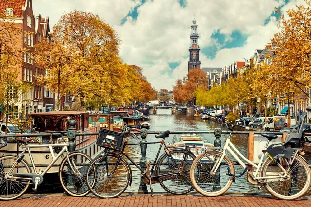 Benelux & Paris & Köln Turu
